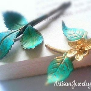 Patina Leaf & Orchid Branch Bobby Pin Set